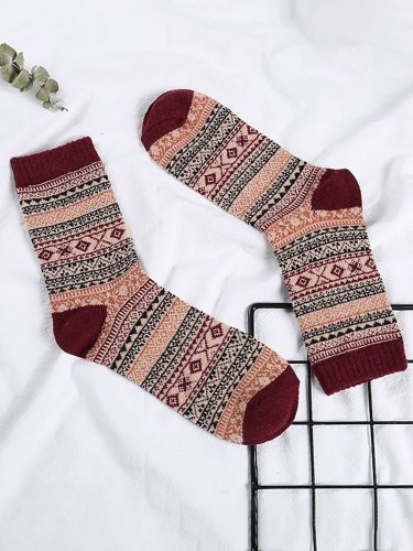 Mens Womens Casual Sheath Stripes Socks