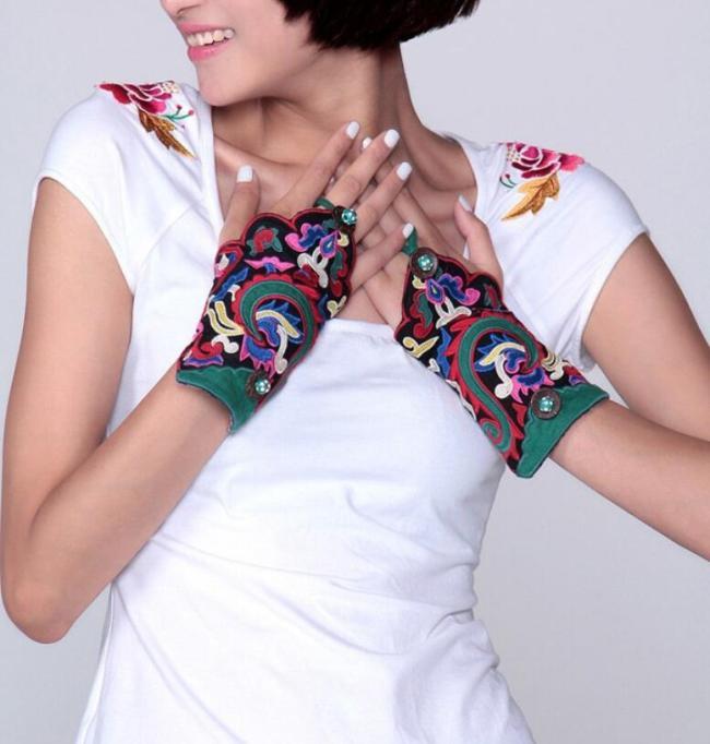 Women's vintage original fingerless embroidery gloves female national performance dancing decoration glove R1025