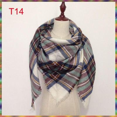 2020 Hot Sale New Fashion Design Triangle Scarf Plaid Fashion Warm in Winter Shawl For Women brand scarves pashmina shawl