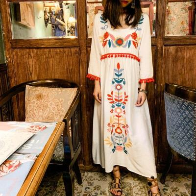 Vintage Embroidered Flowers Maxi Long Dress