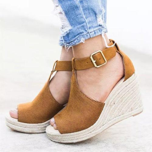Adjustable Buckle Artificial Nubuck Shoes