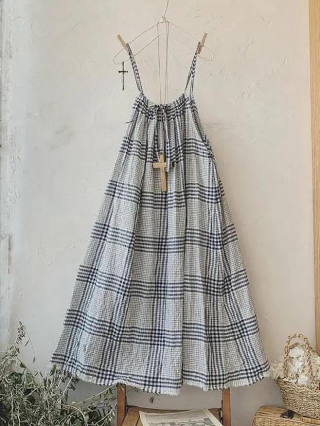 Gray Spaghetti-Strap Checkered/plaid Dresses