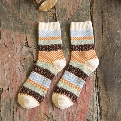 Winter Harajuku Retro Thicken Warm Fashion Cotton Wool Blended Casual Socks 1 Pair