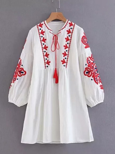 Spring Autumn Women Loose Elegant Ethnic Lantern Sleeve Cute Embroidered Floral Cute Dresses