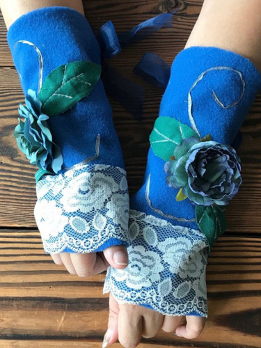 Autumn and winter warm women's fingerless floral gloves