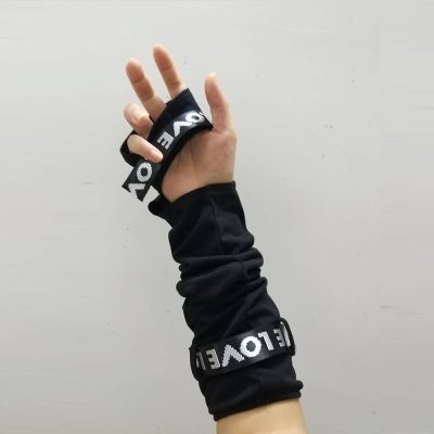 Cool Black Fingerless Gloves Adjustable Cuff Lady Arm Warmer