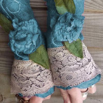 Autumn and winter warm women's fingerless floral gloves