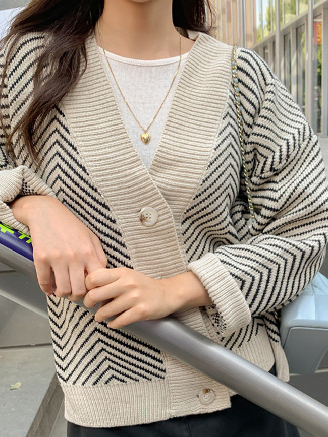 Women's Knitwear Autumn Winter Striped V-Neck Cardigans Buttons  Cardigan