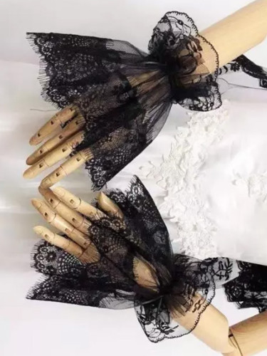 Women's Black Color Vintage Lace Glove Lady's Fake Lace Arm Sleeve Black Fake Sleeve Fingerless Glove