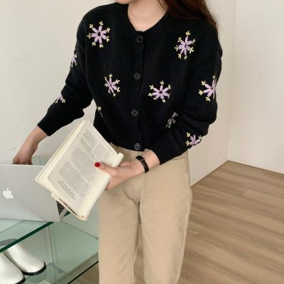 Vintage Cardigan Fashion Embroidered Ladies O-Neck Long Sleeve Sweater