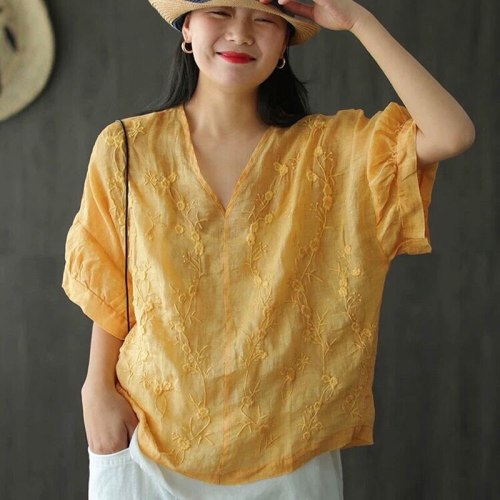 Loose V-neck Tee Shirt Floral Embroidery Vintage cotton linen T-shirt