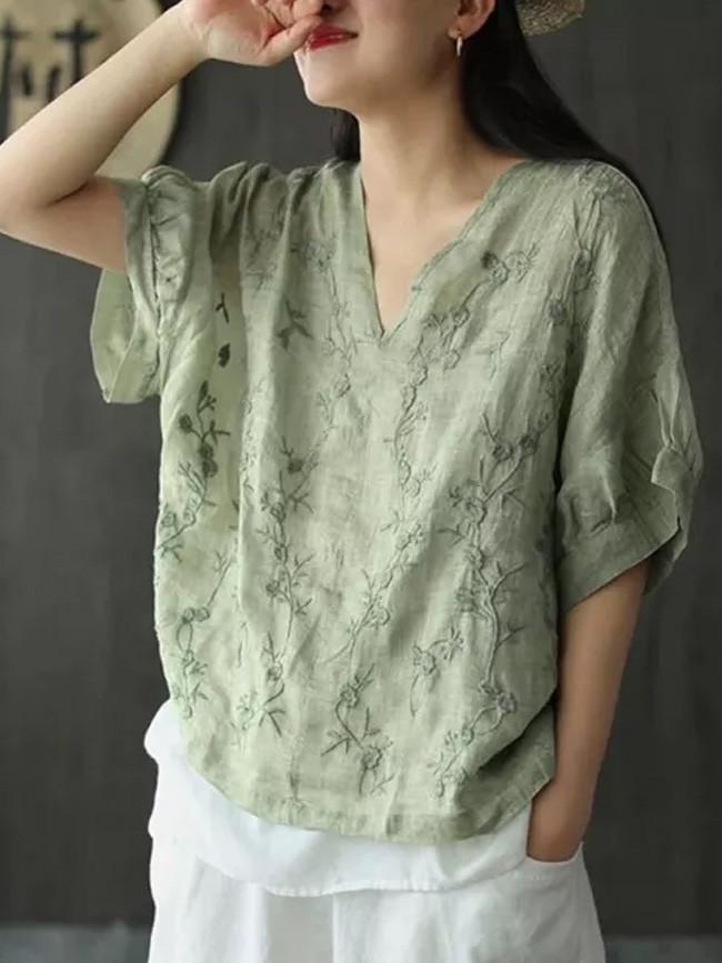 Loose V-neck Tee Shirt Floral Embroidery Vintage cotton linen T-shirt