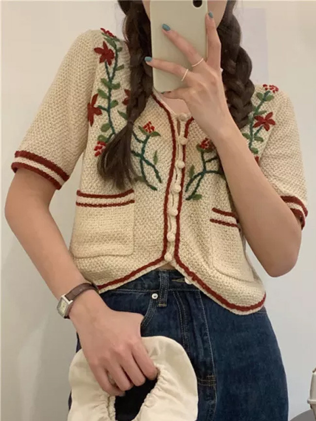 Leisure Embroidery Flowers Tops Retro Chic Knitted Casual Sweater