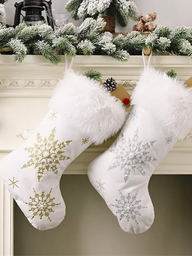 Christmas Snowflakes Pearl Stockings White Plush Candy Socks Gift Bags Christmas Tree Fireplace Decoration