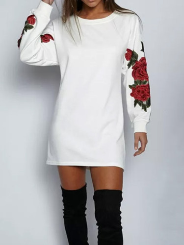 Women Autumn Winter Long-Sleeved Sweater Loose O-Neck Warm Printing Dress