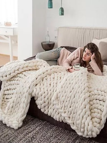 Fashion Hand Chunky Knitted Blanket Thick Yarn Wool-like Knitted Blankets