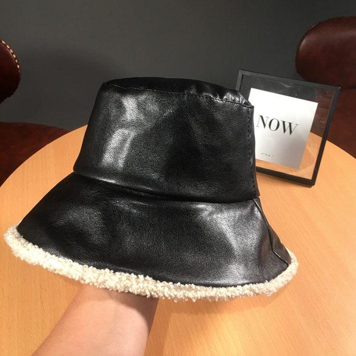 Winter Black Pu Leather Fisherman Hat Vintage Lamb Wool Warm Hat
