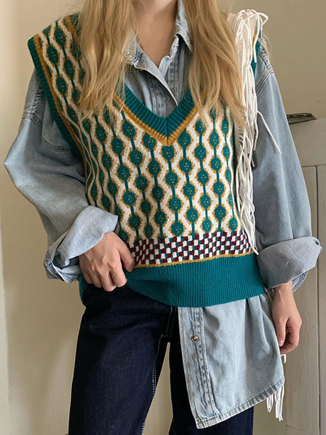 Vintage Patchwork Floral Print Ladies V-neck Knitted Twist Vests
