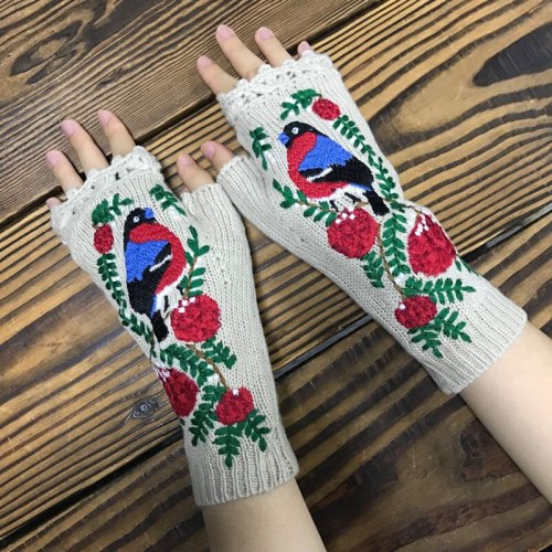Fashion Women's Autumn Knitted Handmade Embroidery Mid Long Gloves