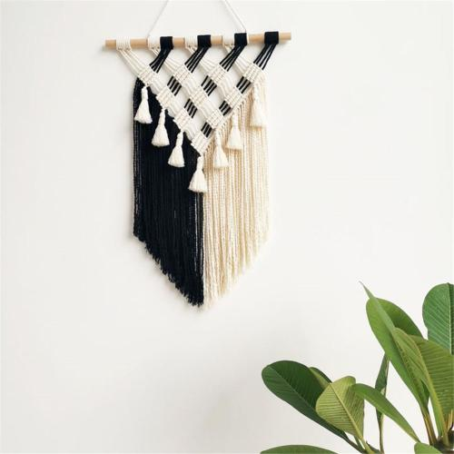 Macrame Hand-woven Cotton Rope Tapestry Lace Wall Decoration