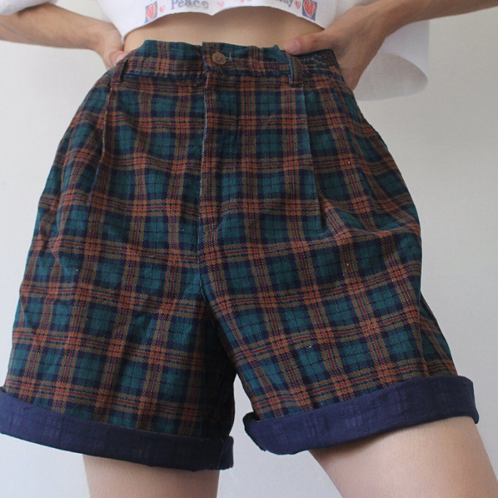 New style plaid curling summer casual shorts women