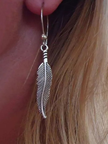 Simple Feather Drop Earring for Women Vintage Metal Dangle Earrings Minimalist Gift