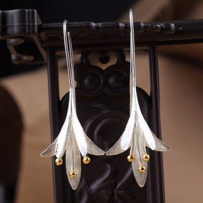 New Trendy Flower Shape Drop Earrings for Women