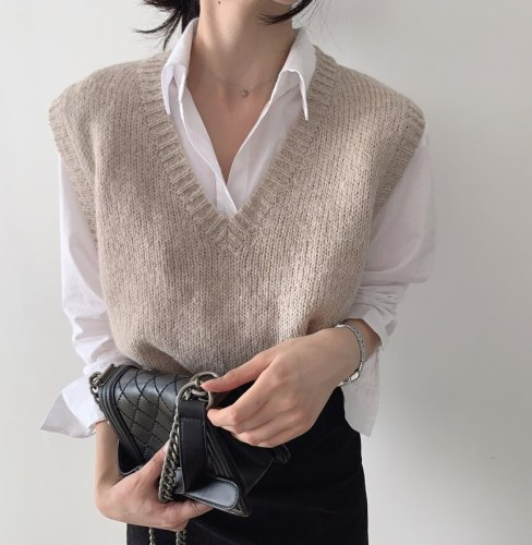 2021 New Autumn Winter Korean Fashion Knitting Women's Tank Sweaters V-Neck Oversize Pullovers Sweater Vest Tops