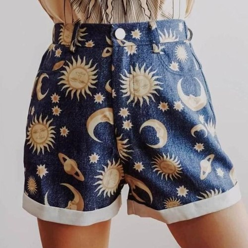 2021 Indie Print Shorts Women Fashion Starry Sky Pattern Mid Waist Shorts 2021 Summer New High Street Button Fly Straight Shorts