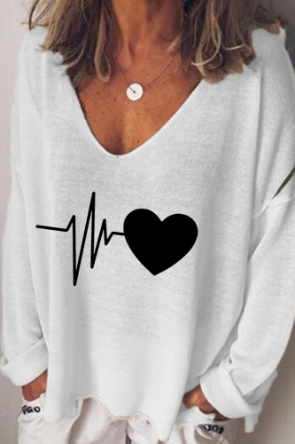 Plus Size Women's Top Casual Loose Love Heart Print V-Neck T-shirt Fashion Pullover Top Female Tshirts Beach Home Women Clothing