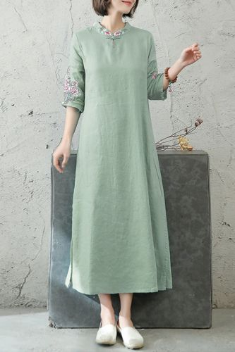 Literature And Art Loose Embroidery Floral Cotton Linen Disc Button Stand Collar Five-Point Sleeve Dress Women'S Mid-Length 2021 Summer New Style