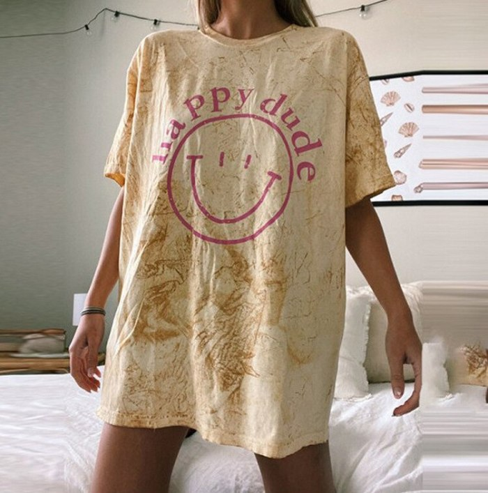 Vintage Tie Dye Letter Print Oversized Graphic Tees Women O Neck Short Sleeve Casual Fashion T Shirt Female New 2021 Summer Tops