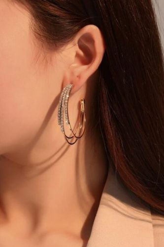 Korean fashion all-match earrings for women, unique design, multi-layer c-shaped earrings, hot exaggerated earrings