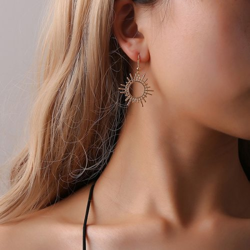 New Design Gold Color Personality Dangle Earrings For Women Hollow Sun Moon Asymmetrical Earrings Boho Indian Jewelry Pendientes