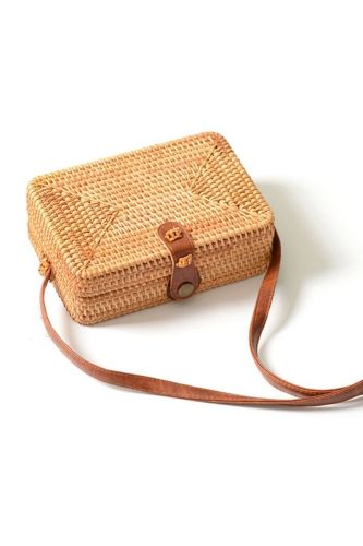 New Ladies Hand-Woven Satchel Square Rattan Retro Literary Hand-Woven Leather Buckle Package Bohemia Beach Messenger Satchel