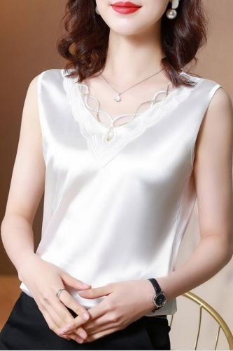 Silk Women Blouses Shirts Plus Size Women V-neck Embroidery Blouses Satin Blouse Tops Woman Elastic Lace Shirt Top Blusas 13735