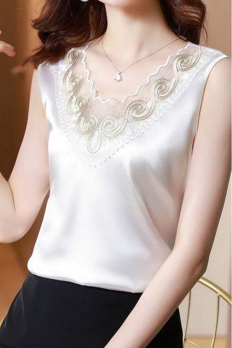 2021 Summer Patchwork Silk Sleeveless Shirt Women Elegant Lace V-Neck Casual Pullover Blouses Female Women Tops