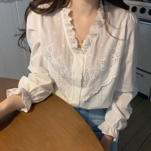 Autumn Winter Women Ghost Horse Blouse Girl Wild Retro Delicate Lace Shirt