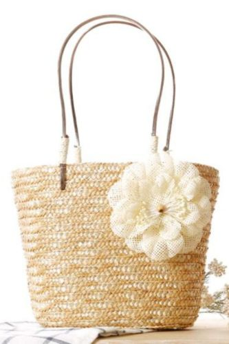 New Small Twisted Straw Woven Bag, Fashionable And Exquisite Handbag, Woven Beach Bag, Photo Holiday Handbag