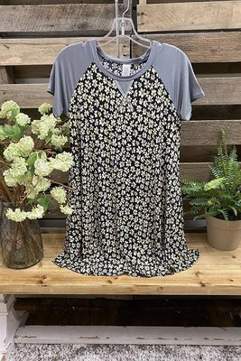 2021 Ladies Top Short Sleeve Contrasting Color Daisy Print T-shirt