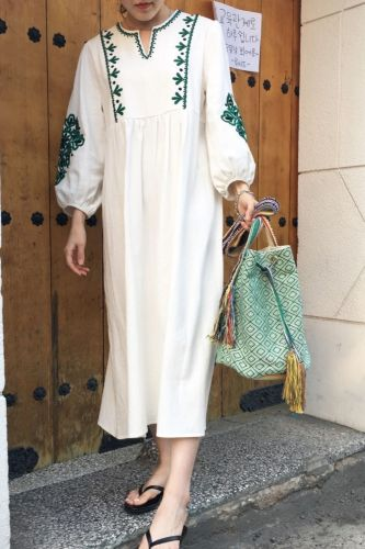 French Vintage Embroidery Stylish Autumn Simple Lantern Sleeves Literature Retro Female Fresh All Match Long Dresses