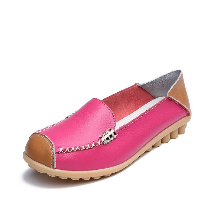 Large Size Single Shoes Leather Mom Shoes Shoes Flat Bottom Leisure Comfortable Women's Shoes, 35-44 Sizes CQY-B3592