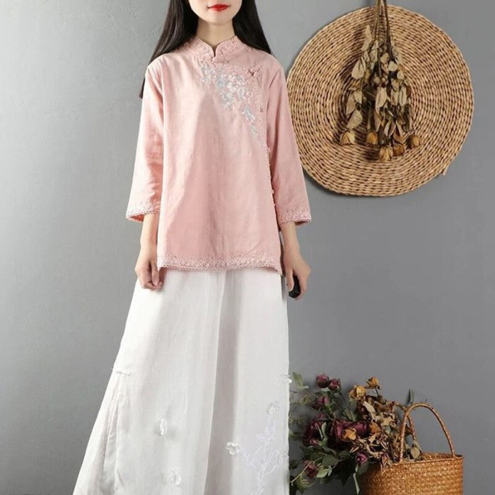 Female Tang Suit Lace Hanfu Chinese Traditional Qipao Cheongsam Linen Suit for Women Oriental Embroidery Solid Color Clothing