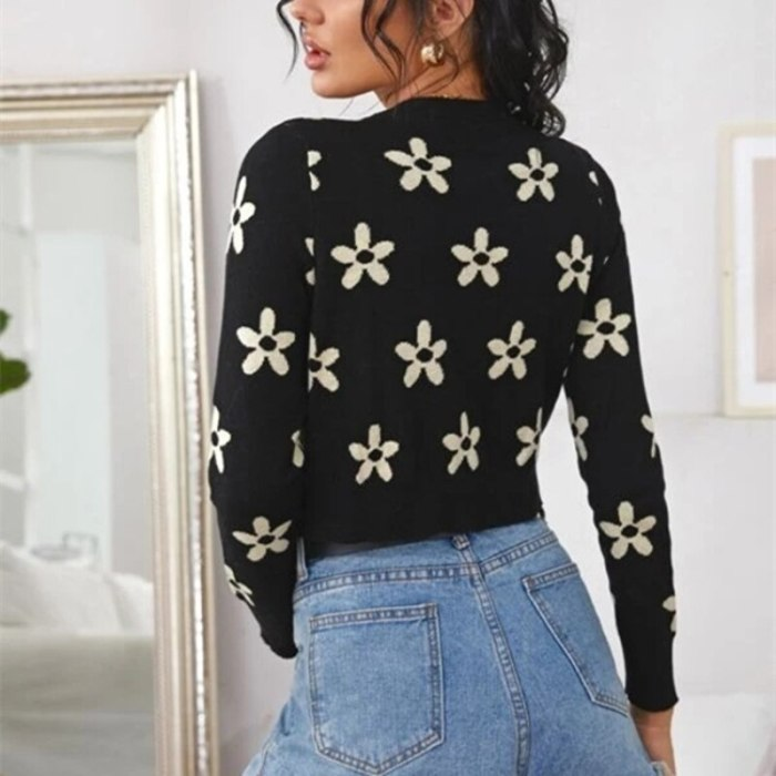 2021 Flower Embroidery Knit Cardigans Women Autumn Winter Long Sleeve O Neck Sweater Single Single-breasted Knitted Coat Outwear