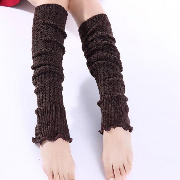 1pair Fashion Leg Warmers Woman Long Stockings Popular Hemp Flowers Knitting Step Foot Winter Warm Stocking