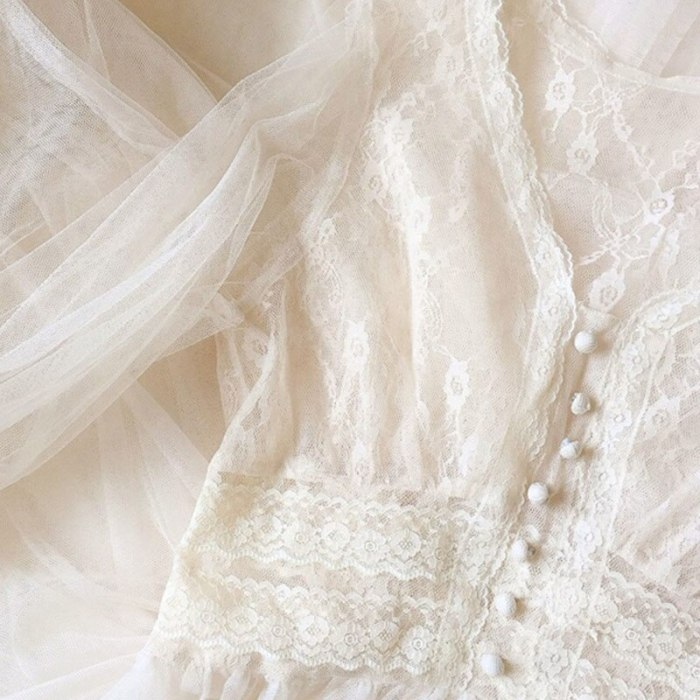 Bella philosophy 2021 Spring women Elegant solid Dress lady Button A-Line Vestidos female Puff Sleeve V-Neck Lace Mesh Dress