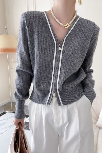 Simple Solid Color Knitted Cardigan Women Autumn 2021 New V-neck Loose Two-way Zipper Long Sleeve Sweater Coat 5E3328