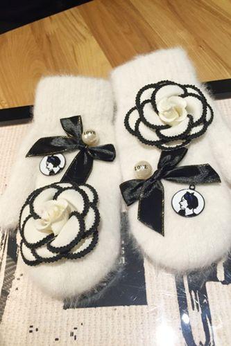 Fashion Lovely Ladies Winter Warm Knit Wool Thicker Cashmere Velvet Mittens Women Rose Pearl Rabbit Hair Full Finger Gloves L73