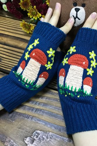 New Women's Autumn Knitted Handmade Embroidery Gloves Embroidered Mushroom Flowers Mid Long Half Finger Warm Wool Winter Gloves