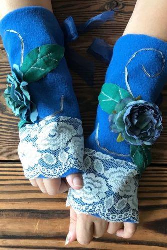 Autumn Winter Warm Women's Open Finger Flower Gloves Winter Knitted Gloves